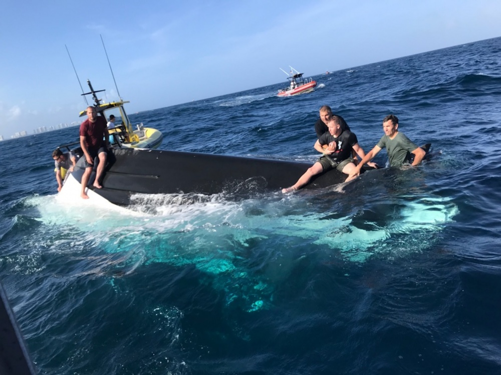 Coast Guard rescues 5 boaters near Lake Worth Inlet