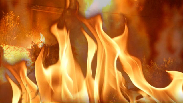 House fire displaces 9 people in Delray Beach
