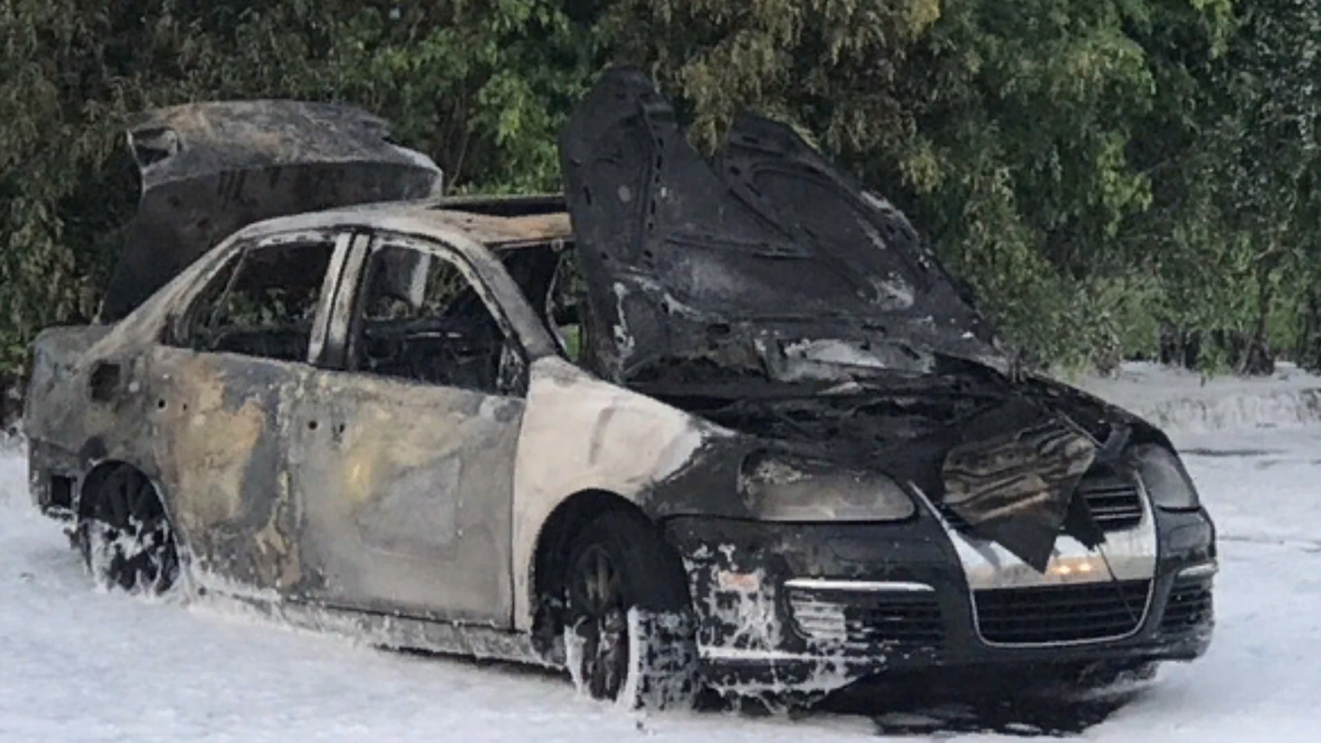Car being sought in connection to a West Palm Beach shooting found abandoned on fire