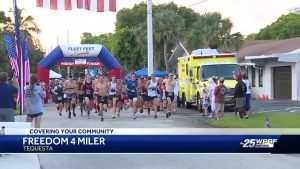 Runners take part in Freedom 4 Miler in Tequesta