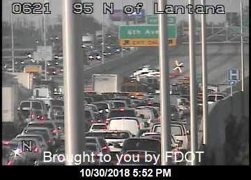 Crash closes portion of Interstate 95