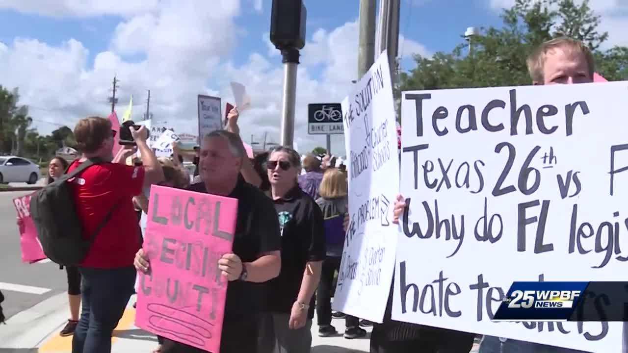Hundreds of Palm Beach County teachers hold rally in West Palm Beach