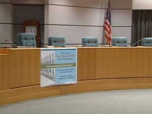 Palm Beach school board meets to discuss early start in the upcoming school year