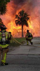 Brush fire ignites near Palm Beach