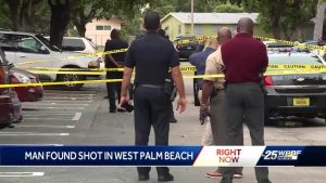 West Palm Beach police investigating shooting in apartment complex