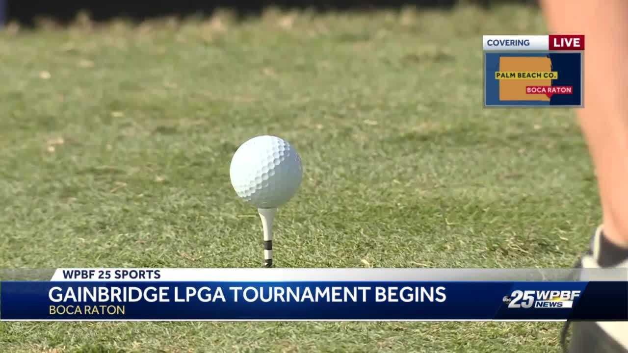 Professional women golfers compete in South Florida