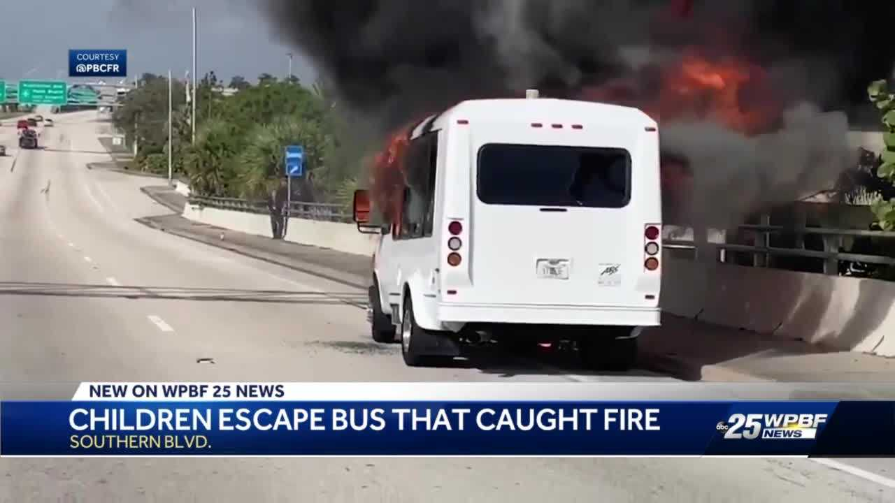 Children escape bus that caught fire