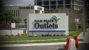 Palm Beach Outlets to reopen Monday