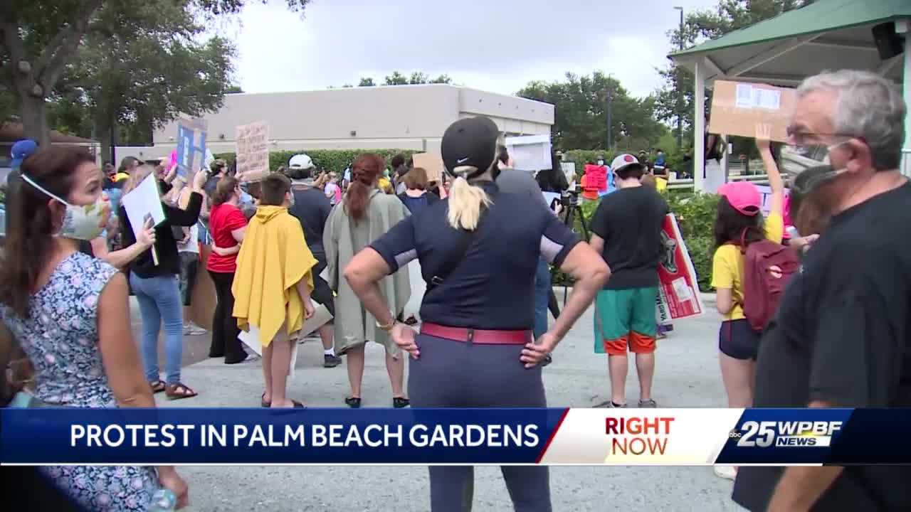 Protests emerge in Palm Beach Gardens Friday