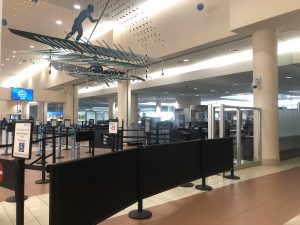 PBIA quiet with minimal travelers the day before Thanksgiving