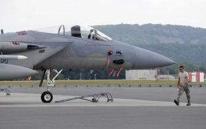 Military training jet crashes in Texas